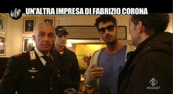 Perché un comandante dei carabinieri prende ordini da un personaggio come Fabrizio Corona?