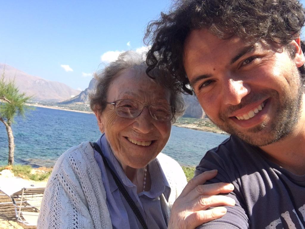 Emma la pellegrina dei record: 92 anni e 35mila chilometri sulle gambe
